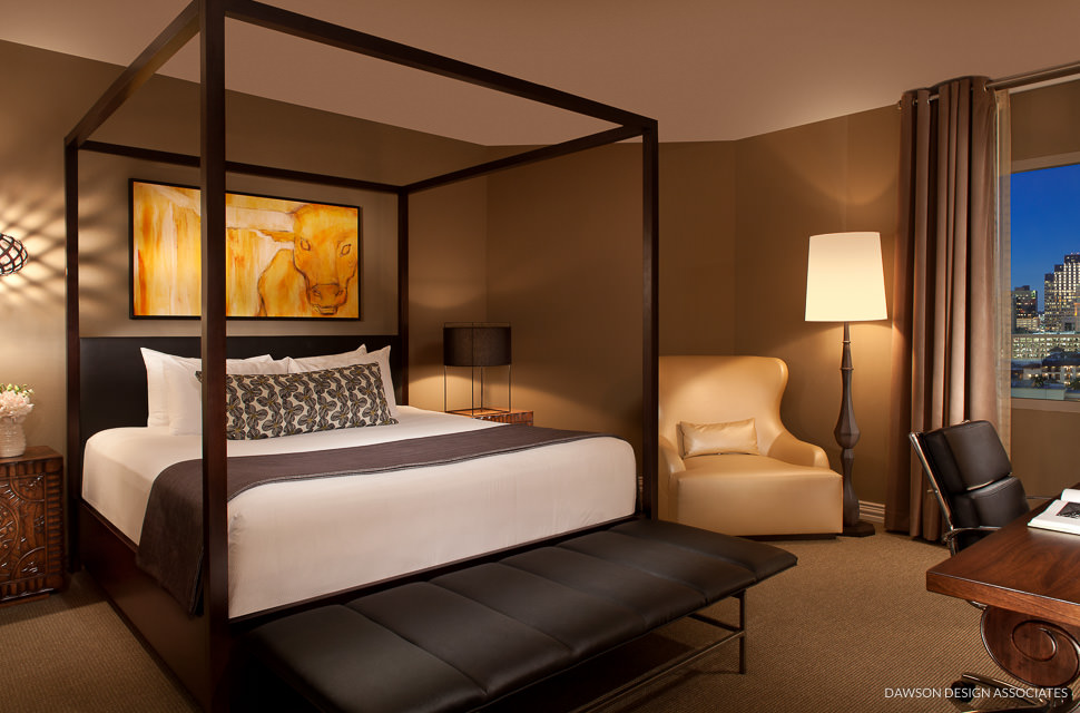 Welcome to Hotel Contessa, San Antonio's newest premier River Walk hotel. The hotel combines an unmatched River Walk location with dedicated meeting facilities, elegant all-suite accommodations, an upscale spa, fine dining and uncompromising service.